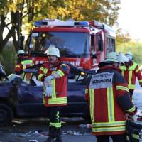 14-10-2014-unterallgaeu-zell-groenenbach-unfall-ueberschlag-feuerwehr-poeppel-new-facts-eu20141014_0054