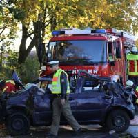 14-10-2014-unterallgaeu-zell-groenenbach-unfall-ueberschlag-feuerwehr-poeppel-new-facts-eu20141014_0056