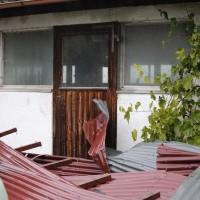 21.10.2014-Unwetter-Dach-abgedeckt-Feuerwehr-Bringezu-New-facts  (2)