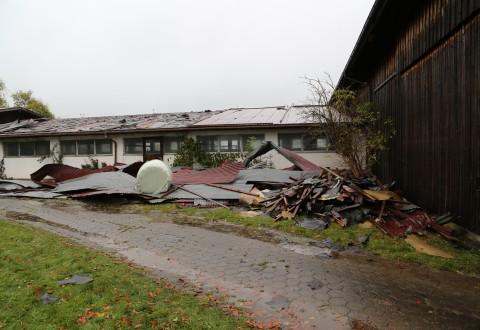 21.10.2014-Unwetter-Dach-abgedeckt-Feuerwehr-Bringezu-New-facts  (41)