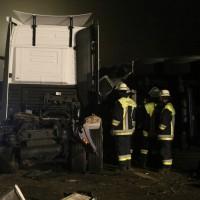 24-10-2014-a96-kohlbergtunnel-erkheim-stetten-lkw-unfall-polizei-feuerwehr-poeppel-new-facts-eu (15)