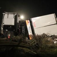 24-10-2014-a96-kohlbergtunnel-erkheim-stetten-lkw-unfall-polizei-feuerwehr-poeppel-new-facts-eu (37)