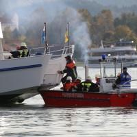 KAT Schutz-Ostallgäu-Oberallgäu-Füssem-Forggensee-THW-Feuerwehr-Rettungsdiest-Schiff-Brand-Wasserwacht-Verletzte-11.10.2014-Bringezu-new-facts (391)