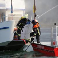 KAT Schutz-Ostallgäu-Oberallgäu-Füssem-Forggensee-THW-Feuerwehr-Rettungsdiest-Schiff-Brand-Wasserwacht-Verletzte-11.10.2014-Bringezu-new-facts (442)
