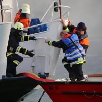 KAT Schutz-Ostallgäu-Oberallgäu-Füssem-Forggensee-THW-Feuerwehr-Rettungsdiest-Schiff-Brand-Wasserwacht-Verletzte-11.10.2014-Bringezu-new-facts (447)