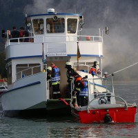 KAT Schutz-Ostallgäu-Oberallgäu-Füssem-Forggensee-THW-Feuerwehr-Rettungsdiest-Schiff-Brand-Wasserwacht-Verletzte-11.10.2014-Bringezu-new-facts (468)