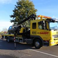 Unfall-Baum-PKW-OAL16-Biessenhofen-Kaufbeuren-frontal-18.10 (13)