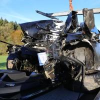 Unfall-Baum-PKW-OAL16-Biessenhofen-Kaufbeuren-frontal-18.10 (18)