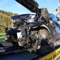 Unfall-Baum-PKW-OAL16-Biessenhofen-Kaufbeuren-frontal-18.10 (3)