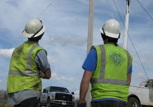Elektriker bei der Arbeit, über dts Nachrichtenagentur