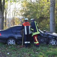 01-11-2014-b300-heimertingen-niederrieden-fellheim-unfall-schwerverletzte-feuerwehr-poeppel-new-facts-eu20141101_0001
