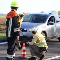 01-11-2014-b300-heimertingen-niederrieden-fellheim-unfall-schwerverletzte-feuerwehr-poeppel-new-facts-eu20141101_0012