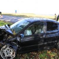 01-11-2014-b300-heimertingen-niederrieden-fellheim-unfall-schwerverletzte-feuerwehr-poeppel-new-facts-eu20141101_0020