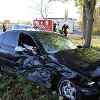 01-11-2014-b300-heimertingen-niederrieden-fellheim-unfall-schwerverletzte-feuerwehr-poeppel-new-facts-eu20141101_0024