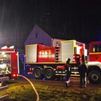 19-11-2014-guenzburg-ebershausen-brand-feuer-ferienhaus-feuerwehr-foto-weiss-new-facts-eu20141119_0004