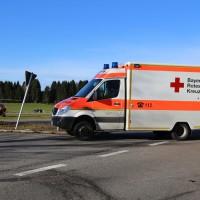 12.12.2014-Geisenried-B16-B12-Unfall-Totalschaden-Vollsperrung-schwer-verletzt-Rettungshubschrauber-Polizei-Rettungsdienst-Bringezu-New-facts (14)