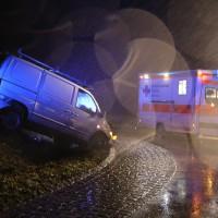 19-12-2014-unterallgaeu-rammingen-unfall-transporter-verkehrsinsel-poeppel-new-facts-eu0005