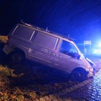 19-12-2014-unterallgaeu-rammingen-unfall-transporter-verkehrsinsel-poeppel-new-facts-eu0010