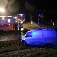19-12-2014-unterallgaeu-rammingen-unfall-transporter-verkehrsinsel-poeppel-new-facts-eu0011