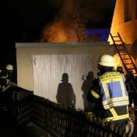 21-12-2014-memmingen-brand-garage-feuerwehr-poeppel-new-facts-eu0012