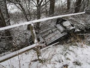 27-12-2014-ravensburg-oberzell-unfall-feuerwehr-gold-new-facts-eu0003