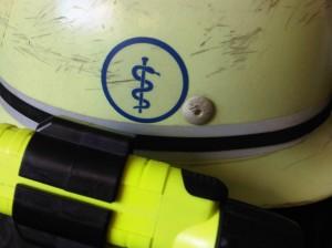 Helmkennzeichnung FW-Sanitäter