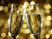 Sektglaeser Neujahr