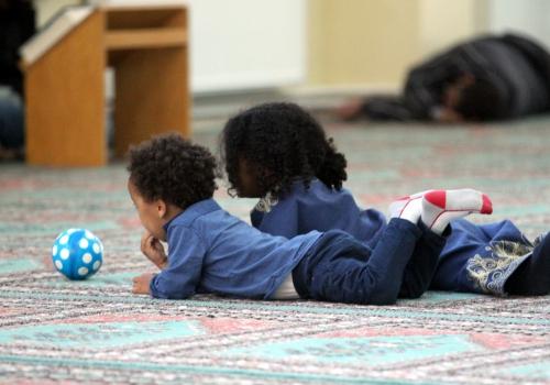 Kinder von Moslems in einer Moschee, über dts Nachrichtenagentur