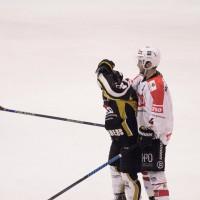 11-01-15_memmingen_eishockey_indians_ecdc_germaringen_new-facts-eu0076