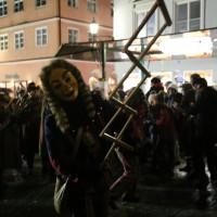 17-01-15_Memmingen_Fasnet_Fasching_Nachtumzug_Stadtbachhexen_Poeppel_new-facts-eu0256