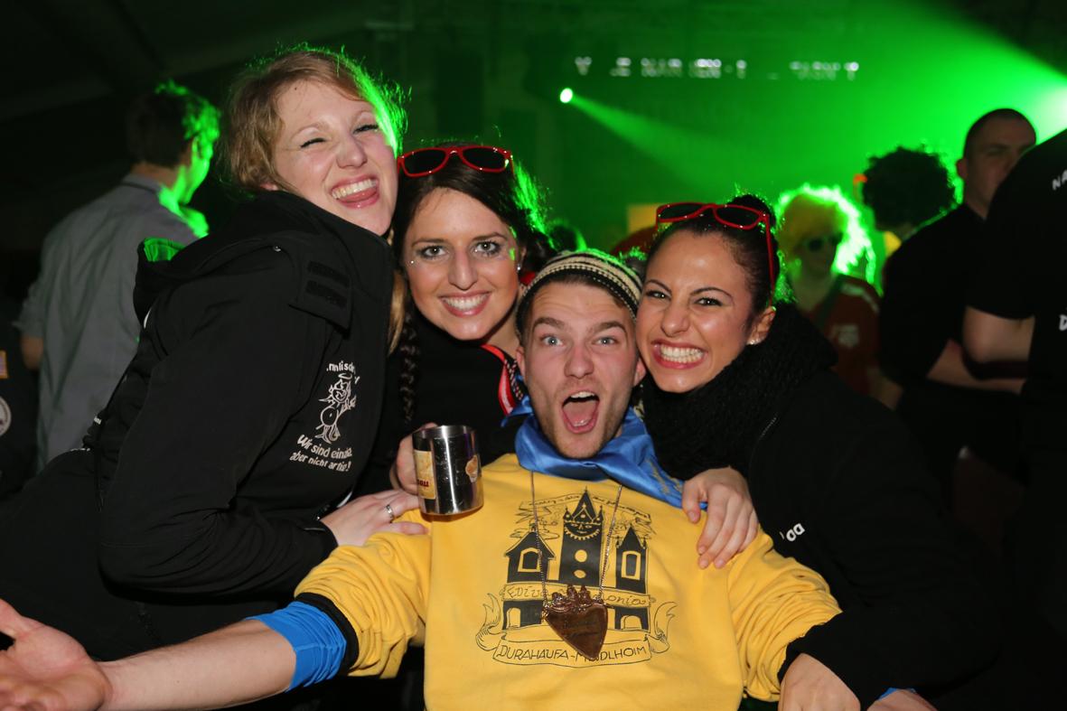 17-01-15_Memmingen_Partzelt_Afterparty_Fasnet_Fasching_Nachtumzug_Stadtbachhexen_Poeppel_new-facts-eu0020