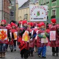 18-01-15_Memmingen_Narrensprung_Fasnet_Fasching_Nachtumzug_Stadtbachhexen_Poeppel_new-facts-eu0006