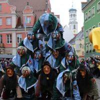 18-01-15_Memmingen_Narrensprung_Fasnet_Fasching_Nachtumzug_Stadtbachhexen_Poeppel_new-facts-eu0021
