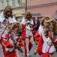 18-01-15_Memmingen_Narrensprung_Fasnet_Fasching_Nachtumzug_Stadtbachhexen_Poeppel_new-facts-eu0070