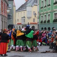 18-01-15_Memmingen_Narrensprung_Fasnet_Fasching_Nachtumzug_Stadtbachhexen_Poeppel_new-facts-eu0073