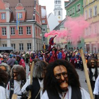 18-01-15_Memmingen_Narrensprung_Fasnet_Fasching_Nachtumzug_Stadtbachhexen_Poeppel_new-facts-eu0167
