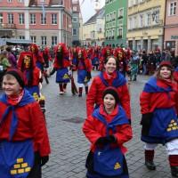 18-01-15_Memmingen_Narrensprung_Fasnet_Fasching_Nachtumzug_Stadtbachhexen_Poeppel_new-facts-eu0190