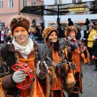 18-01-15_Memmingen_Narrensprung_Fasnet_Fasching_Nachtumzug_Stadtbachhexen_Poeppel_new-facts-eu0196