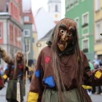 18-01-15_Memmingen_Narrensprung_Fasnet_Fasching_Nachtumzug_Stadtbachhexen_Poeppel_new-facts-eu0235