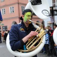 18-01-15_Memmingen_Narrensprung_Fasnet_Fasching_Nachtumzug_Stadtbachhexen_Poeppel_new-facts-eu0303