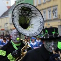 18-01-15_Memmingen_Narrensprung_Fasnet_Fasching_Nachtumzug_Stadtbachhexen_Poeppel_new-facts-eu0355