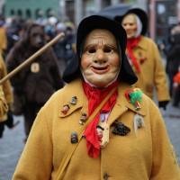 18-01-15_Memmingen_Narrensprung_Fasnet_Fasching_Nachtumzug_Stadtbachhexen_Poeppel_new-facts-eu0386