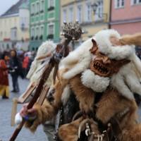 18-01-15_Memmingen_Narrensprung_Fasnet_Fasching_Nachtumzug_Stadtbachhexen_Poeppel_new-facts-eu0397