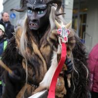 18-01-15_Memmingen_Narrensprung_Fasnet_Fasching_Nachtumzug_Stadtbachhexen_Poeppel_new-facts-eu0402