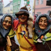 18-01-15_Memmingen_Narrensprung_Fasnet_Fasching_Nachtumzug_Stadtbachhexen_Poeppel_new-facts-eu0418