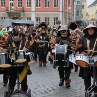 18-01-15_Memmingen_Narrensprung_Fasnet_Fasching_Nachtumzug_Stadtbachhexen_Poeppel_new-facts-eu0473