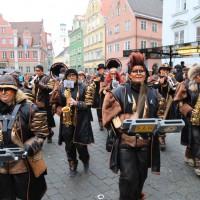 18-01-15_Memmingen_Narrensprung_Fasnet_Fasching_Nachtumzug_Stadtbachhexen_Poeppel_new-facts-eu0476