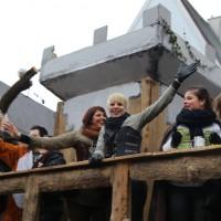 18-01-15_Memmingen_Narrensprung_Fasnet_Fasching_Nachtumzug_Stadtbachhexen_Poeppel_new-facts-eu0517