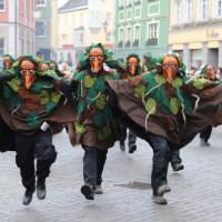18-01-15_Memmingen_Narrensprung_Fasnet_Fasching_Nachtumzug_Stadtbachhexen_Poeppel_new-facts-eu0522