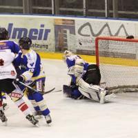 23-01-15_Eishockey_Indians_ECDC-Memmingen_Waldkraiburg_Match_Fuchs_new-facts-eu0028